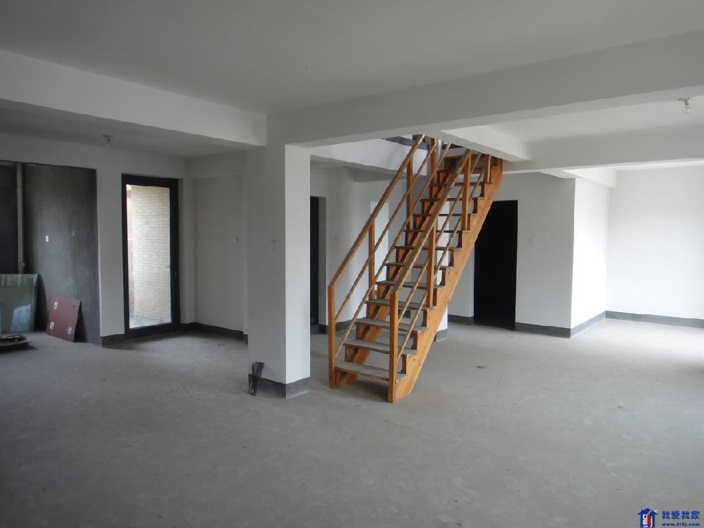 室内梯形房屋设计图