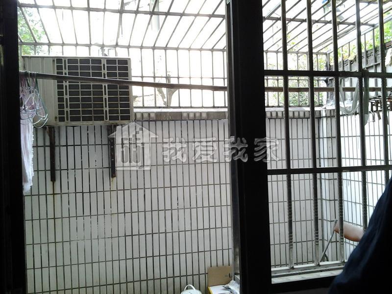 稀缺房源一楼带天井房型 小区安静 广中路 近水电路真盘实照