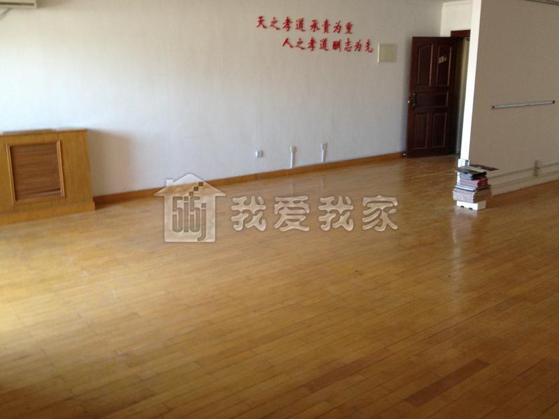 【可办公房】精装木地板192平米三居