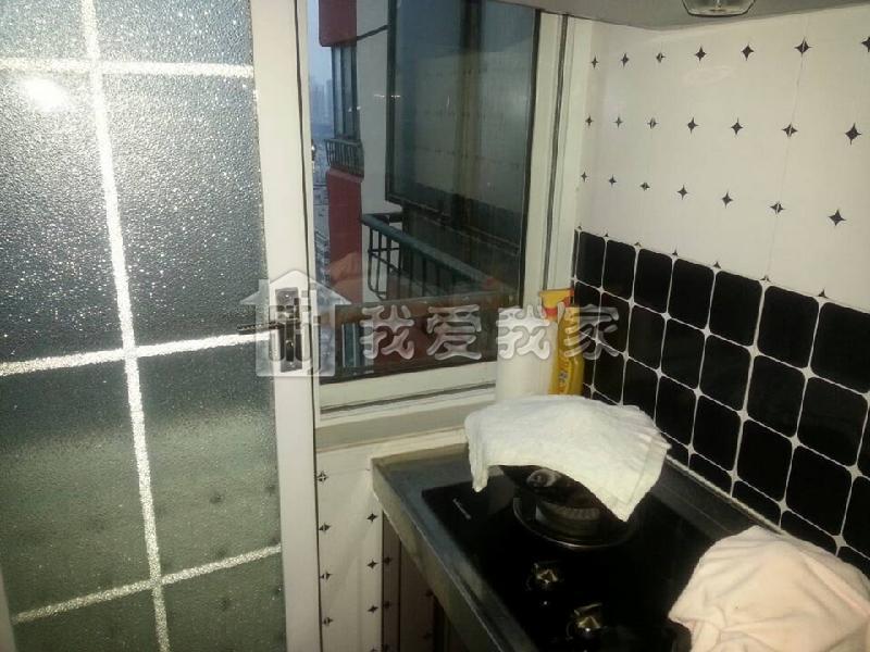 幼儿园卫生间窗户