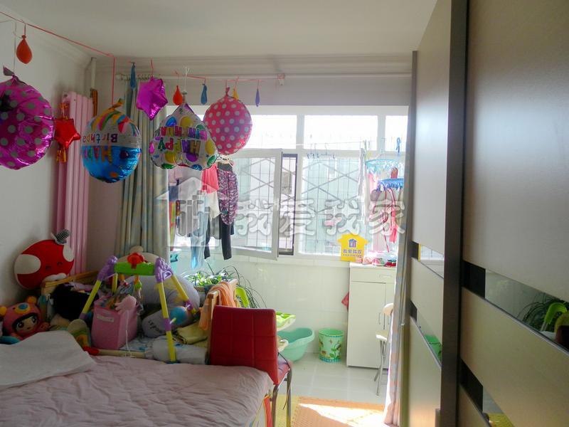 【米兰·世博游】精装修的房子 南北通透 看房子打电话