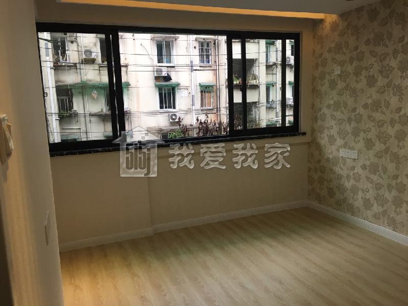 自我介绍:房地产置业顾问 姚婷 我爱我家米兰店 手机/微信:15700122785 15168007951(从签约到办证一条龙服务) 主营杭州上城区、下城区、江干区的二手楼盘,及全杭州一手新房。 【1】本人 姚婷 来杭州工作多年,熟知杭州每一个角落,善于挖掘高性价房源和谈价是我的强项,熟悉交易流程,清楚各项税费和各种贷款。目前为止,还没有遇到我搞不定的房子。 【2】主营上城区、下城区、江干区。学区有:采荷2小、采荷1小、天长小 学、青蓝小 学、长寿桥小 学、安吉路小 学、春蕾小 学、采荷二 小,杭州高 级