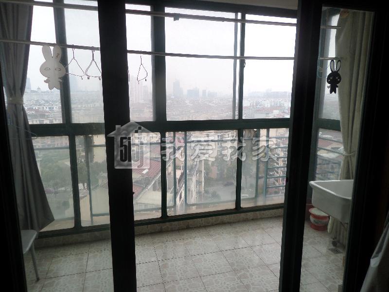长岛花苑/长岛公寓租房(高层电梯房 绿化优美 装修 比