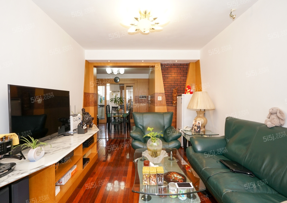 岭南公寓,两房两厅,全装修,房东诚意出售
