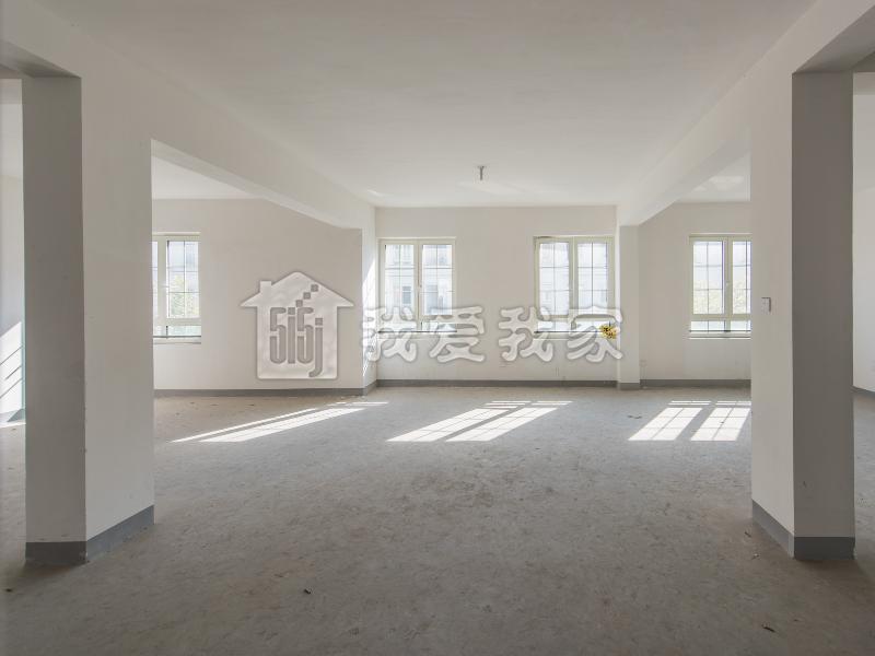 相江公寓,电梯花园洋房,一梯一户,环境优雅,交通便利,诚售