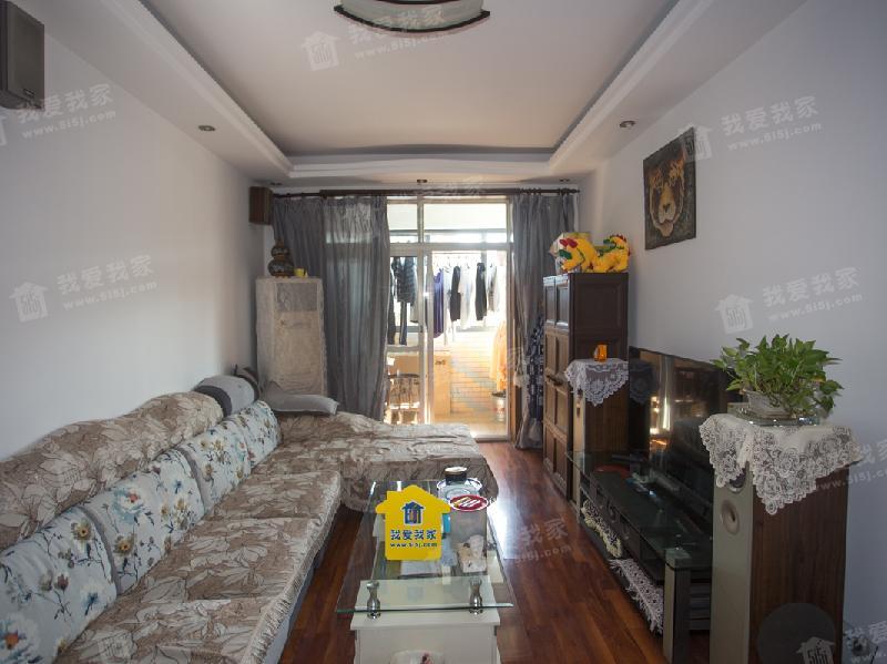 杨汊湖精装大两房两证满五年小区中间二手房