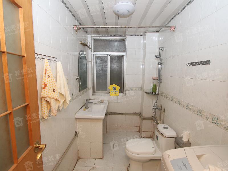 英特小区两室两厅好楼层两证满两年看房方便,二手房