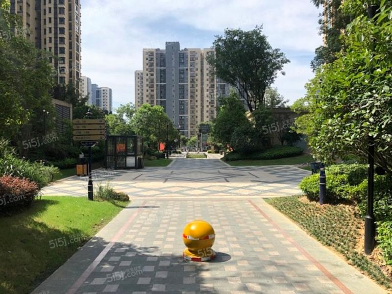 中铁青秀城图片