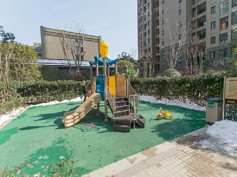 苏宁悦城D区图片
