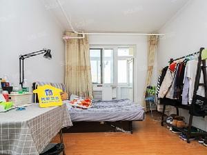 双榆树北里三居室带电梯满五年仅一套公房  随时看