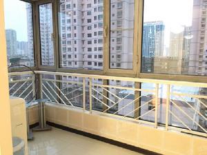整租 南内环 体育馆 解放南路精装三居高层电梯房 拎包入住