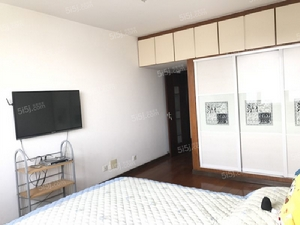 月付 南内环街财大北校高层 三居室 平阳路口赛格青龙对面