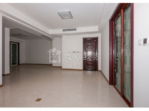 嘉宝梦之湾洋房,134平精装修附赠地下室140平,有钥匙,