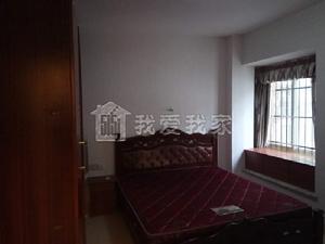 长堽路,广西师范旁边,橄榄宿精装修三房急租,欢迎来看房。