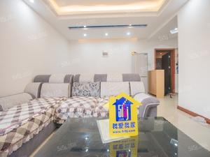 长江路上繁华地段新出精装大两房 户型方正 采光好