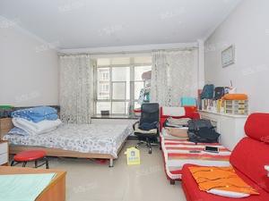 满五一套商品房,业主自住随时可看全天在家配合看房