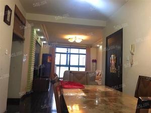 岭南翠庭,大三室一厅,精装修,拎包入住,房东诚意出租